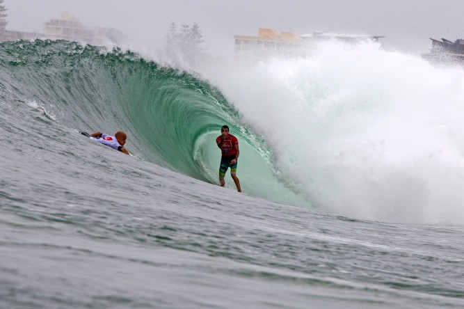 Kelly Slater &amp; Joel Parkinson. Photo: ASP/Carey